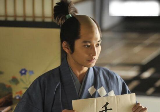 盘点日本古代奇葩发型,有趣又奇怪