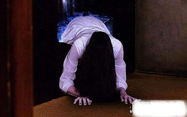 世界上最恐怖的鬼片,午夜凶铃为何排名第一(人物形象塑造立体)